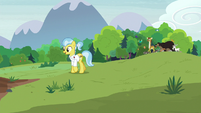 Dr. Fauna and animals visit the sanctuary S7E5