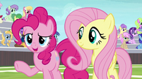 "Pinkie ""just how the cupcake crumbles"" S9E15"