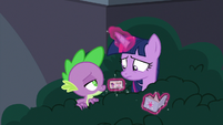 Spike giving an 'are you serious?' face S9E5