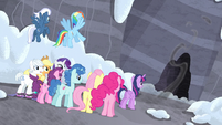 Starlight vanishes into the caves S5E2