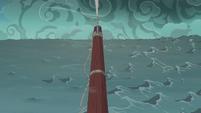 The ship sails straight through the storm S6E22