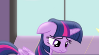 Twilight upset for having to stay in Canterlot without her friends S4E1