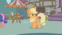 Applejack glaring at Apple Bloom S1E12