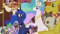 Celestia and Luna make amends S5E9.png