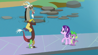 "Discord ""to fill in for Twilight"" S8E15"