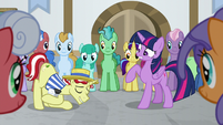 Flim bowing to Princess Twilight S8E16