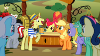 Flim talking to Applejack S2E15