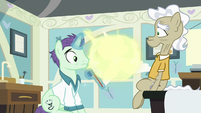 Flurry teleports away from doctor and Geri S7E3
