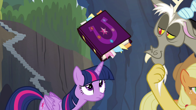File:Friendship journal balanced on Twilight's horn S4E25.png
