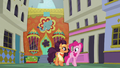 "Pinkie ""not like all of those stuffy places"" S6E12.png"