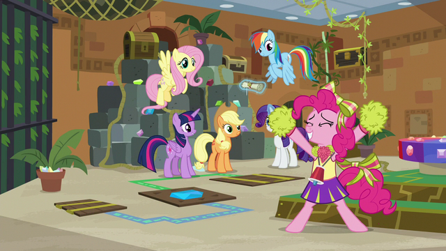 "File:Pinkie Pie ""our friendship is so true!"" S7E2.png"