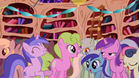 Popular background ponies S01E01