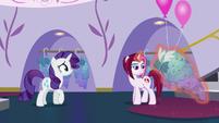Posh Pony -they're... fine- S5E14