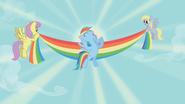 S01E13 Rainbow wygrywa zawody Żelaznego Kucyka