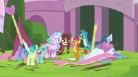 Smolder looking sad at her new friends S8E1