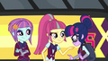 Sour Sweet pointing to Sci-Twi EG3.png