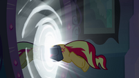 Sunset Shimmer jumps through the mirror EG