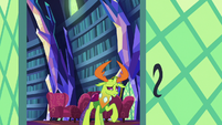 Thorax looking disappointed S7E15