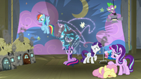 Trixie's fizzling image in the fireworks S8E7