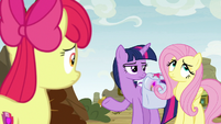 Twilight annoyed; Fluttershy rolls her eyes S9E22