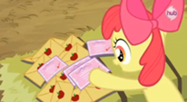 206px-Applebloom and her pile of RVSPs S3E8