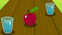 Apple on the table S02E25