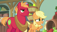 Applejack --a little short-hooved at the moment-- S6E23