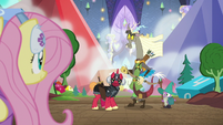 Discord looking back at Fluttershy S6E17