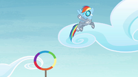 Rainbow waving S4E10