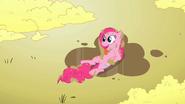 S02E01 Pinkie wypiła deszcz