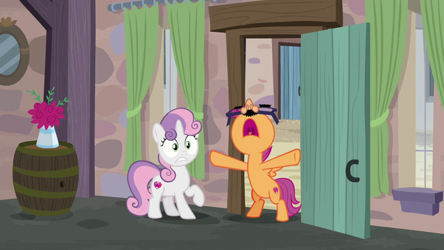 "File:Scootaloo shouting ""the cupcake has landed!"" S7E8.png"