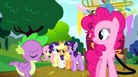 Spike apologizing to Pinkie S4E12