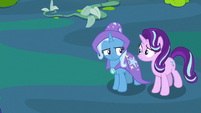 Trixie and Starlight look at each other unnerved S7E17