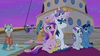 Twilight's family watches the Northern Stars S7E22
