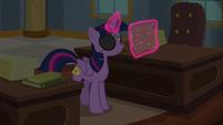 Twilight reading about Element of Laughter S8E16