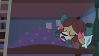 Yona sleeping in bed S9E15