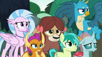 Young Six looking annoyed at Applejack S8E9