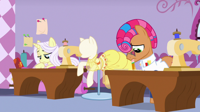 File:Lily Lace and Starstreak discouraged by AJ's words S7E9.png
