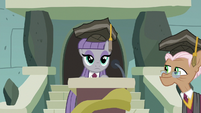 Maud Pie takes the stage podium S7E4