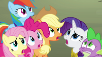 Ponies concerned about Twilight S4E02