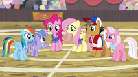 RD, Fluttershy, Pinkie, and Quibble on the buckball field S9E6