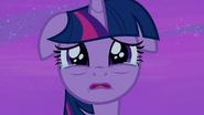 S07E22 W oczach Twilight pojawiają się łzy