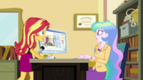 Sunset Shimmer enters Celestia's office EGDS37