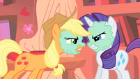 AJ and Rarity already at each other's throats S1E08