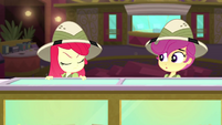 Apple Bloom shakes her head at Scootaloo SS11