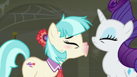 Coco sneezes in Rarity's face again S6E9