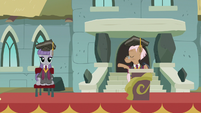 Maud Pie sitting on the ceremony stage S7E4