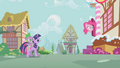 Pinkie Pie Head Out Door S1E09.png