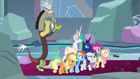 Ponies and friends opening their eyes S9E24