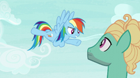 Rainbow Dash -you're coming with me!- S6E11